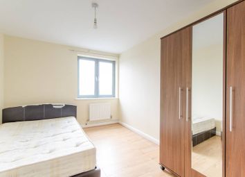 Thumbnail 2 bedroom flat for sale in The Roundway, Wood Green