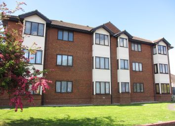 Thumbnail 2 bed flat to rent in Arterial Road, Eastwood, Leigh-On-Sea