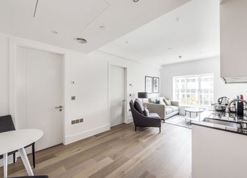 Thumbnail 1 bed flat to rent in Princes House, Kingsway, London
