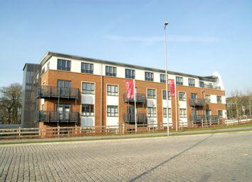 Thumbnail 1 bed flat to rent in Wallis Square, Farnborough