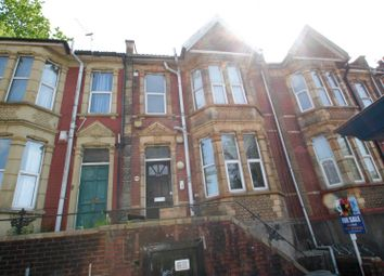 Thumbnail 1 bed flat to rent in Bath Road, Totterdown