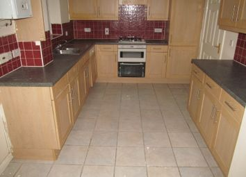 Thumbnail 6 bed detached house to rent in Little Horse Close, Wokingham Road, Reading, East, Winnersh Tria, Reading