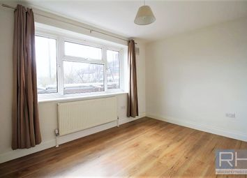 Thumbnail 2 bed flat to rent in Friern Park, London