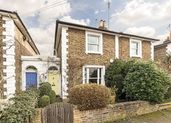 3 bed semi-detached house to rent in Dunstable Road, Richmond TW9