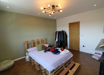 Thumbnail 3 bed property to rent in Homerton Road, London