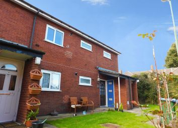 Thumbnail 3 bed flat to rent in Birmingham Road, Rowley Regis