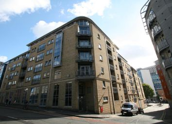Thumbnail 2 bedroom flat to rent in Montague Street, Bristol