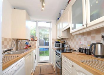 Thumbnail 4 bed property to rent in Larbert Road, London