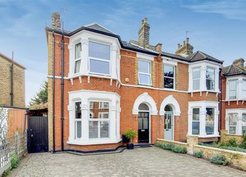 4 bed end terrace house for sale in Craigton Road, London SE9