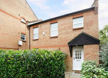 Thumbnail 3 bedroom detached house to rent in Earlston Grove, London