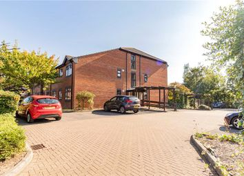 Emerson Court, Albert Walk, Crowthorne RG45. 2 bed flat