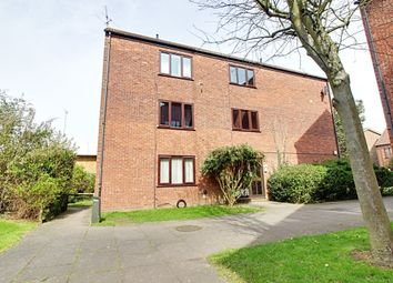 Thumbnail 1 bed flat to rent in Chilworth Gate, Broxbourne, Hertfordshire