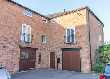Thumbnail 3 bed flat for sale in Fairfield St, Market Harborough