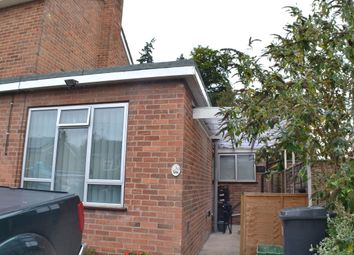 Thumbnail 1 bed flat to rent in Cheriton Close, Newbury