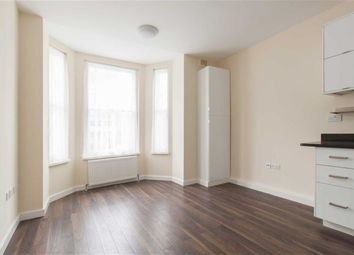 Thumbnail 2 bed flat to rent in Wood Lane, London