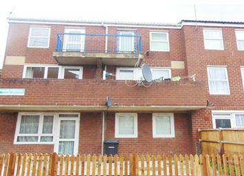 Thumbnail 3 bed flat to rent in Walsham Close, London