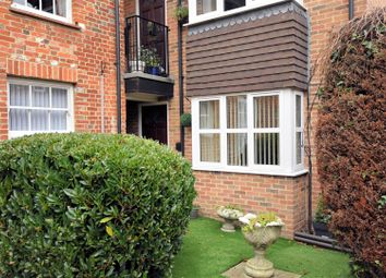 Thumbnail 1 bedroom flat for sale in Burghfield Road, Reading
