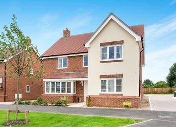 Thumbnail 5 bed detached house to rent in Fullingpits Avenue, Maidstone