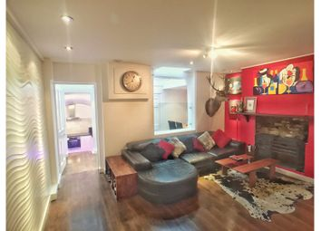 Thumbnail 2 bed flat for sale in Churton Street, London