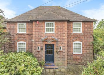 Thumbnail 4 bed detached house to rent in Church Road, Potters Bar