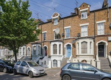 2 bed flat to rent in York Road, London W3