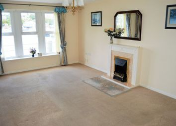 2 bed flat to rent in Britannia Way, East Cowes PO32
