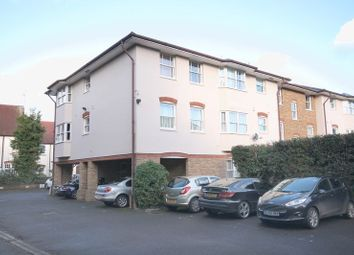 Thumbnail 1 bed flat to rent in South Street, Dorking