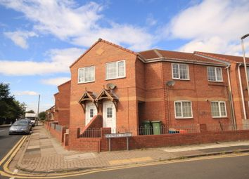 Thumbnail 1 bed flat to rent in Oxford St, Grimsby