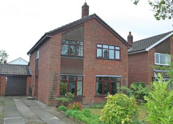 Thumbnail 4 bed detached house to rent in Cogshall Lane, Comberbach, Northwich