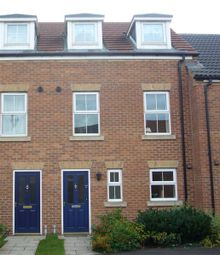 Thumbnail 3 bed town house to rent in Pinewood Close, Scunthorpe
