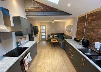 5 bed shared accommodation to rent in The Limes, Daisy Road, Edgbaston, Birmingham B16