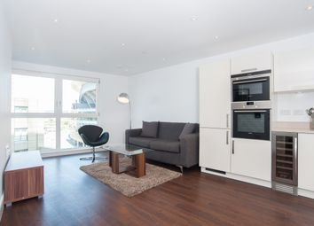 Thumbnail 2 bed flat to rent in Queensland Road, Islington