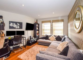 Eastwood Road, London E18. 1 bed flat for sale