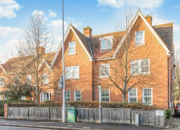 Thumbnail 2 bed flat for sale in Kingston Vale, London