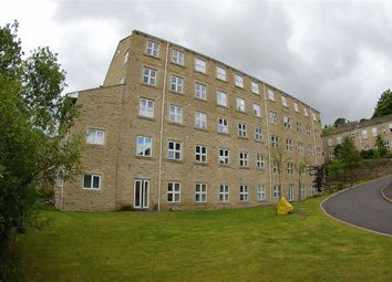 2 bed flat to rent in Spinners Hollow, Ripponden, Sowerby Bridge HX6