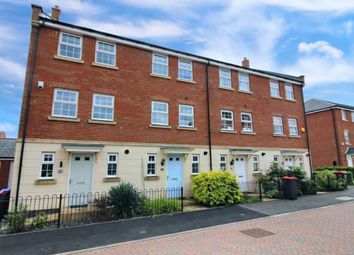 3 bed town house for sale in Linnet Way, Hucknall, Nottingham NG15