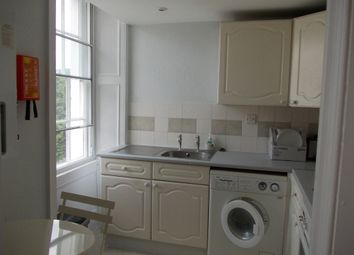 Thumbnail 1 bed flat to rent in Cleveland Place West, Walcot/Bathwick, Bath