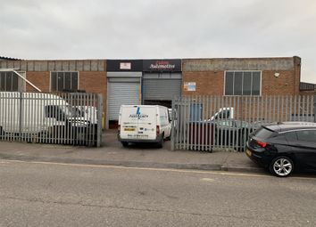 Thumbnail Parking/garage for sale in Selbourne Road, Luton