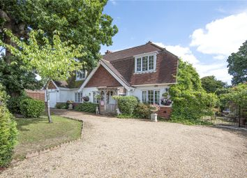 Brook Lane, Sarisbury Green, Hampshire SO31. 4 bed detached house