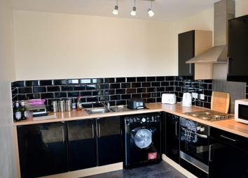 2 bed flat to rent in Old Harbour Court, Hull, East Yorkshire HU2