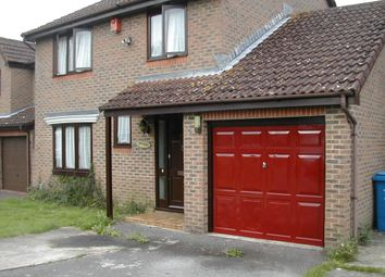 Thumbnail 4 bed detached house to rent in The Copse, Farnborough