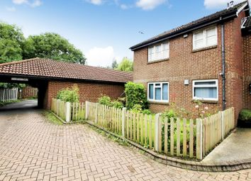 Thumbnail Studio to rent in Withey Meadows, Hookwood, Horley