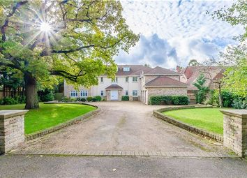Thumbnail 7 bed detached house for sale in Woodlands Close, Great Shelford, Cambridge
