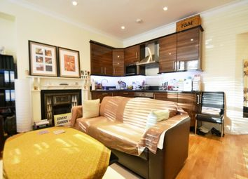 Thumbnail 1 bedroom flat to rent in North End Road, Golders Green, London