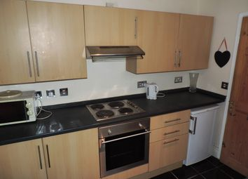 Thumbnail 1 bed flat to rent in Moorland Road, Splott Cardiff
