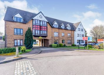 Thumbnail 2 bed flat for sale in Bidwell Close, Letchworth Garden City
