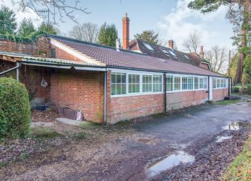 Thumbnail 2 bed bungalow to rent in Blundell Lane, Bursledon, Southampton