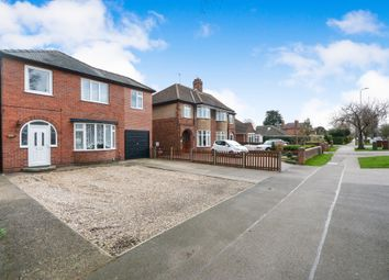 Thumbnail 5 bed detached house for sale in Hykeham Road, Lincoln