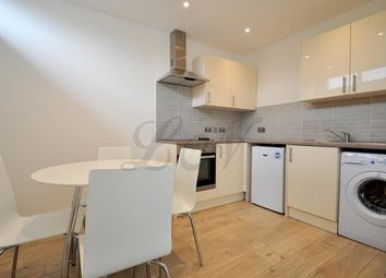 Thumbnail 1 bed flat to rent in Market Place, Basingstoke