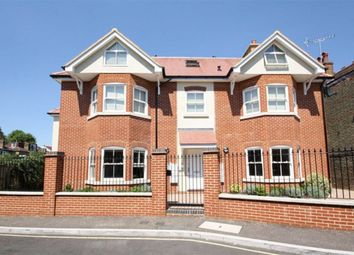 Thumbnail 1 bedroom flat to rent in Holly Road, Twickenham